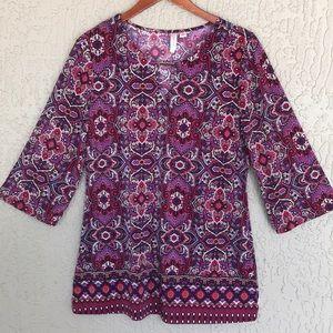 Tacera, floral tunic.